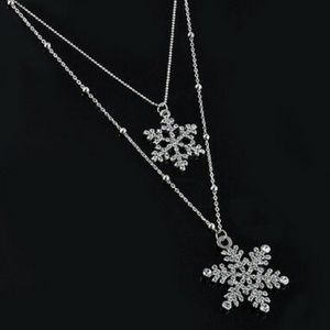 Snowflake Necklace Silver Layered Double NWT Snow